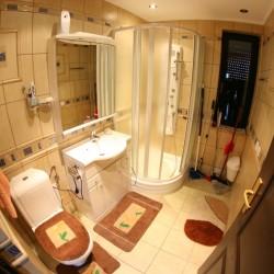 Parter łazienka z prysznicem