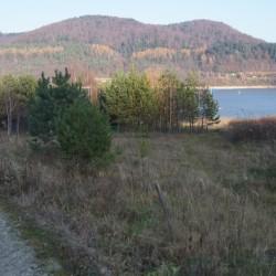 Późnojesienny widok na jezioro Klimkowskie